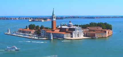 Die Insel San Giorgio Maggiore Venedig Mit Kirche Und Fahrt Mit Dem